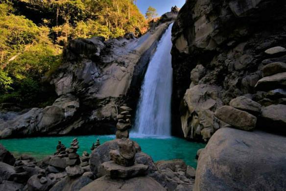 Foto Air Terjun Mangku Sakti