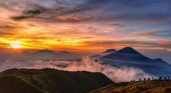 Foto Gunung Prau Wonosobo