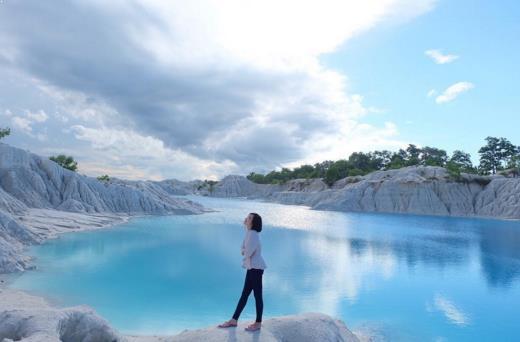 Gambar Danau Kaolin Bangka Belitung