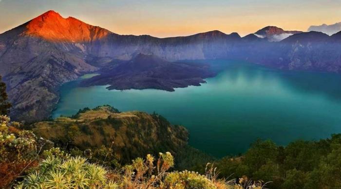 Gambar Gunung Rinjani
