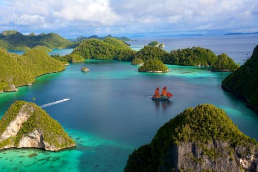 Gambar Pulau Wayag Raja Ampat