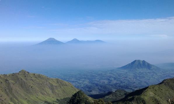 Gambar Puncak Gunung Merbabu