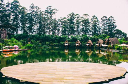 Gambar Tempat Wisata Dusun Bambu Lembang