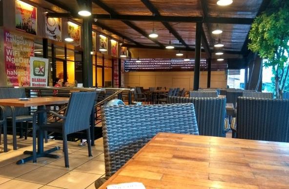 Luxury Jogja cafe 24 jam