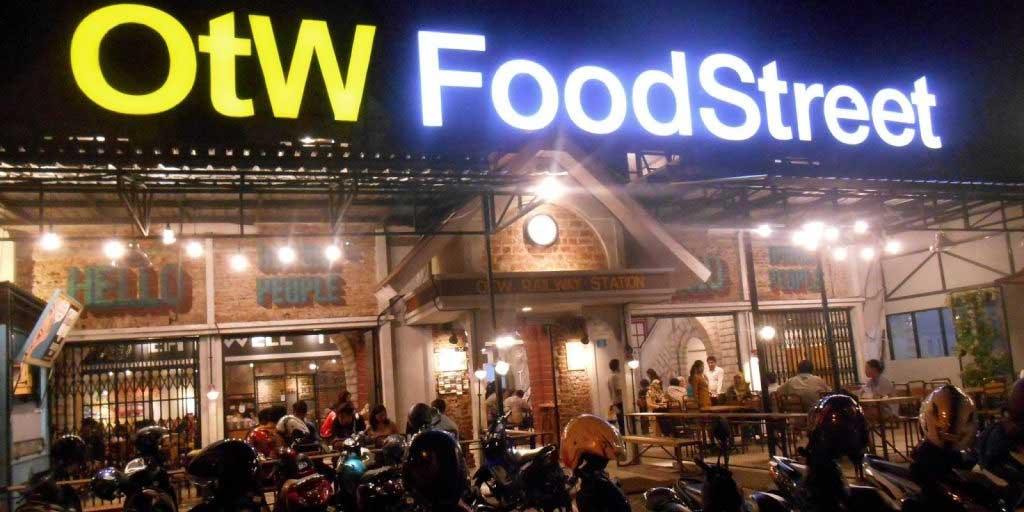 OTW Food Street Surabaya