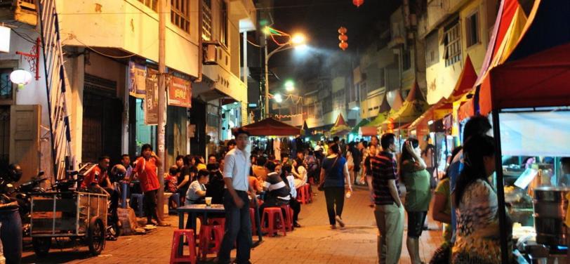 Wisata Kuliner di Pecinan Semarang