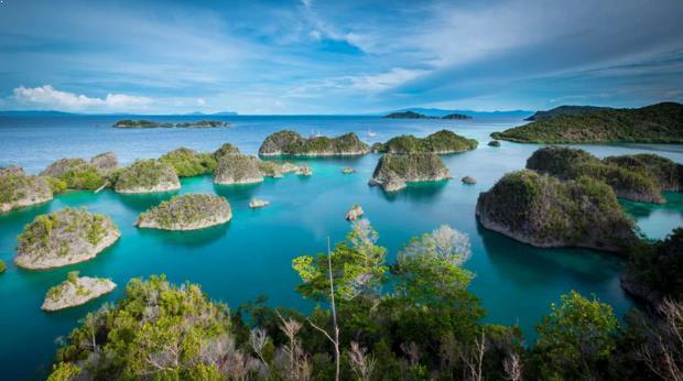tempat wisata raja ampat di indonesia