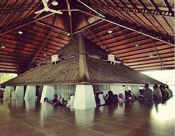 Gambar Makam Sunan Bonang Tuban