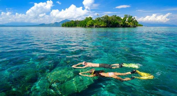 Gambar Pulau Siladen