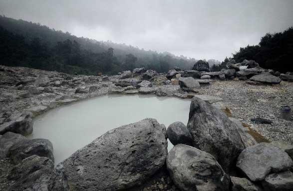 Gambar Kawah Domas Gunung Tangkuban Perahu