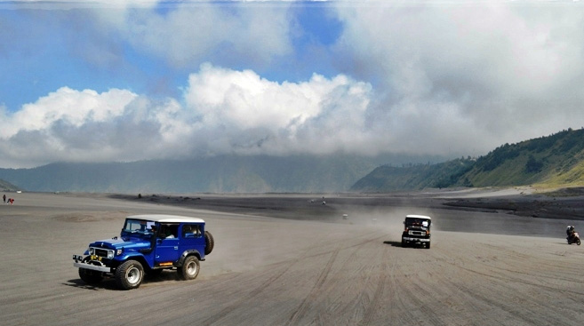 Gambar Pasir Berbisik Gunung Bromo