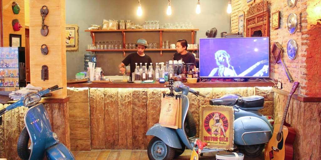 Grandfather Coffee Shop