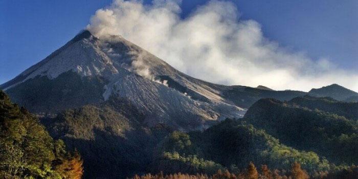 Lereng Gunung Merapi