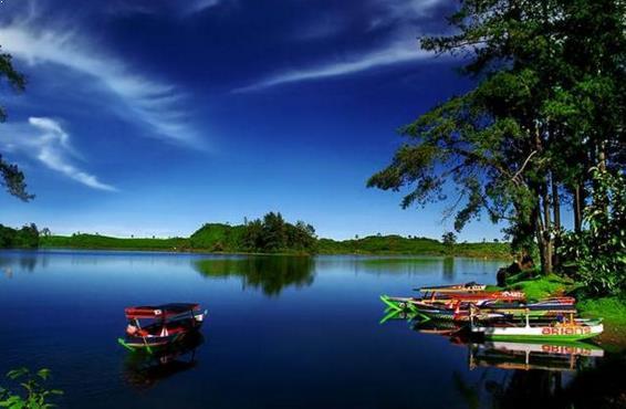 Gambar Danau Situ Patenggang