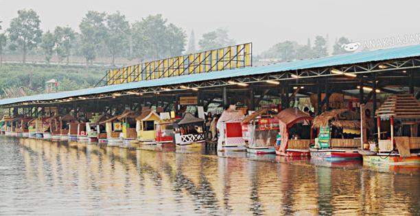 Foto Floating Market Bandung