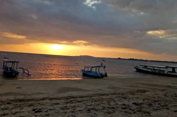 Gambar Pantai Sire Lombok