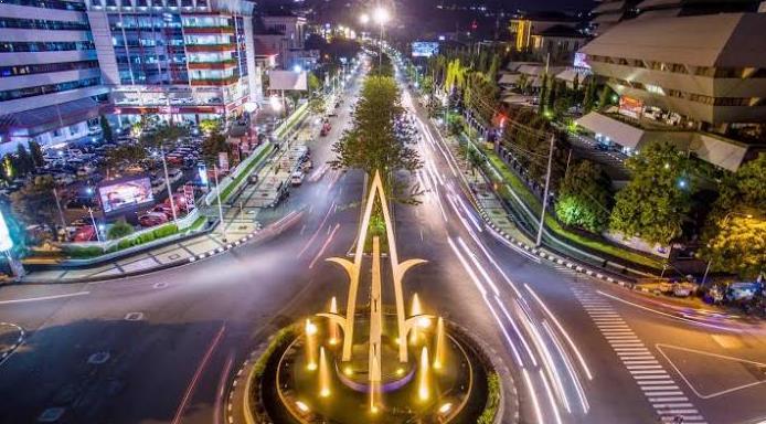 Indahnya Jalan Pahlawan Semarang