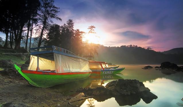 Pesona Danau Situ Patenggang