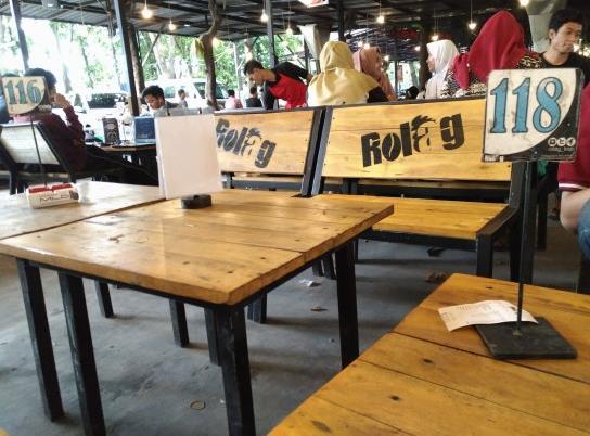 Rolag Cafe