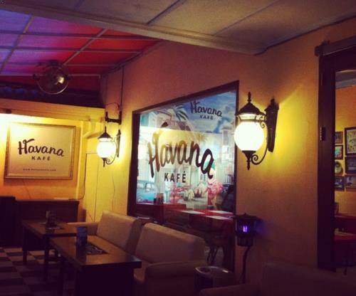 Tempat nongkrong Favorite di Medan Havana Kafe medan
