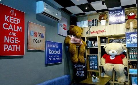 Tempat nongkrong Kekinian Sosmed Cafe medan