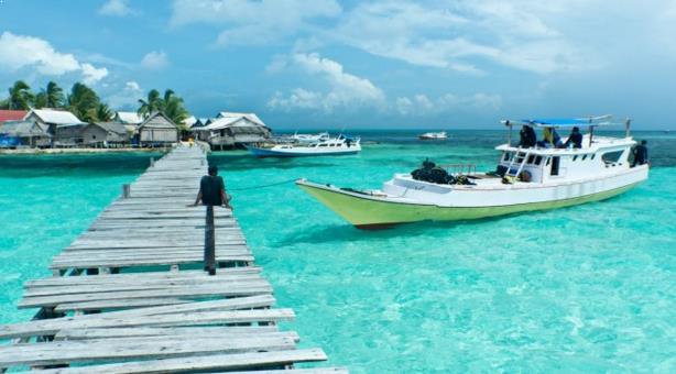 Foto Taman Laut Taka Bonerate