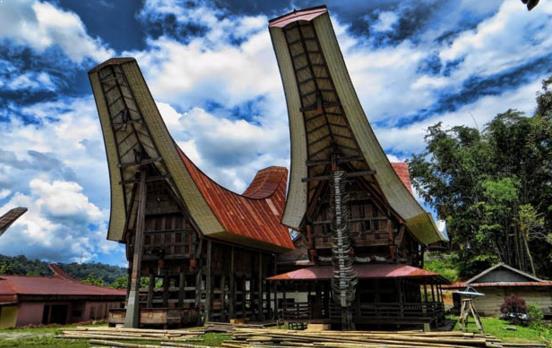 Gambar Rumah adat sulawesi