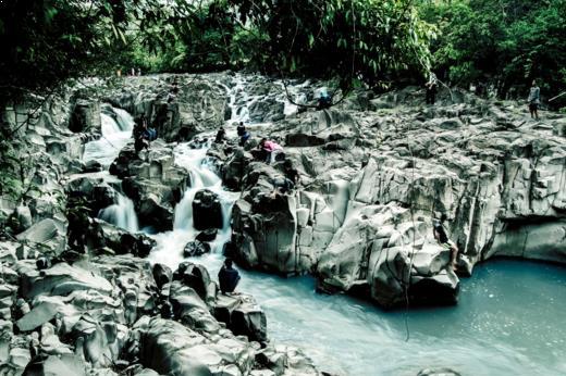 Gambar celebes canyon di barru Sulawesi