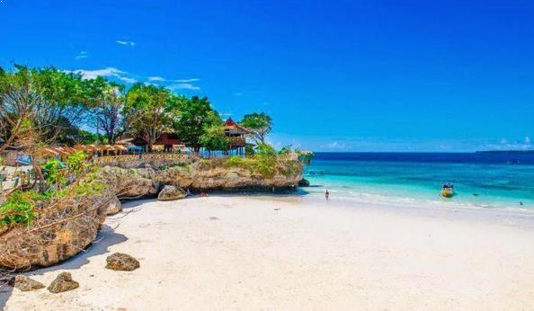 Photo Destinasi Wisata Pantai Tanjung Bira