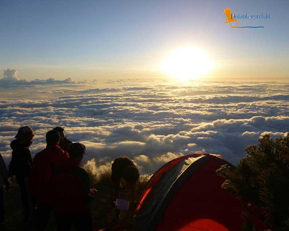 Foto Gunung Ciremai Jawa Barat