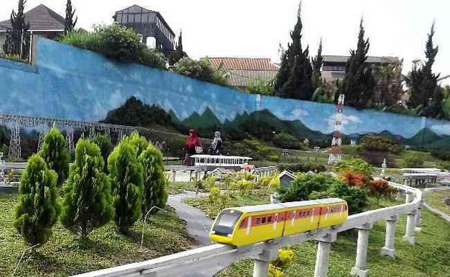 Taman Miniatur Kereta Api Bandung