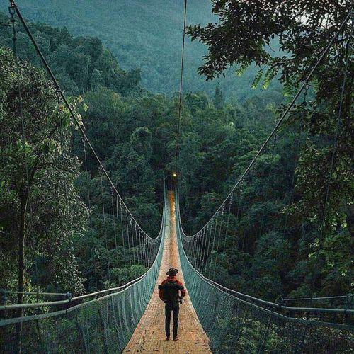 Jembatan Gantung Sukabumi