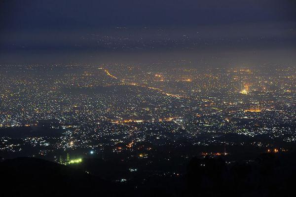 Gambar Bukit Moko Bandung