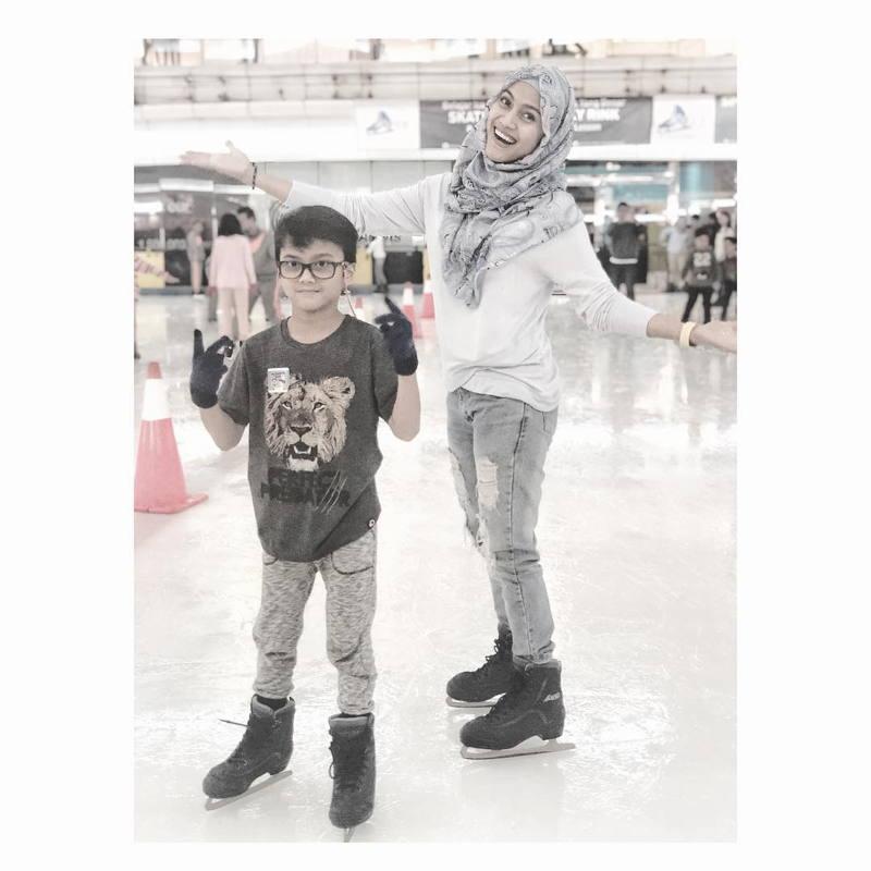 Sky Rink Jakarta Barat