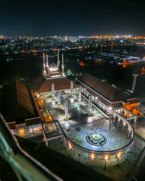 Fasilitas di Masjid Agung Jawa Tengah