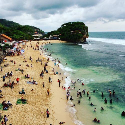 Review Lengkap Pantai Indrayanti Yogyakarta