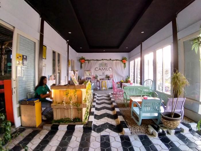 Camilo Colours & Garden Malang