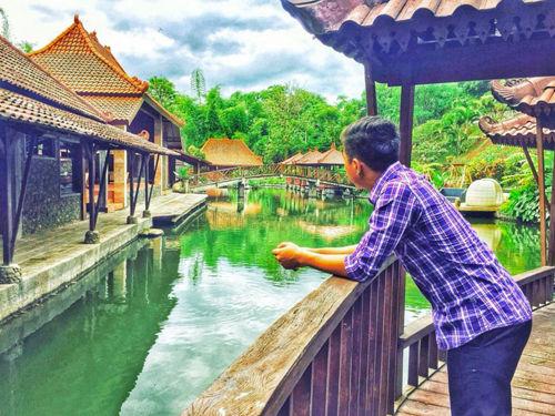 Pondok Desa Kampoeng Telaga Malang