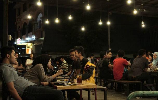 gambar Cafe De Panji Surabaya