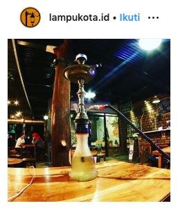 Lampu Kota Cafe