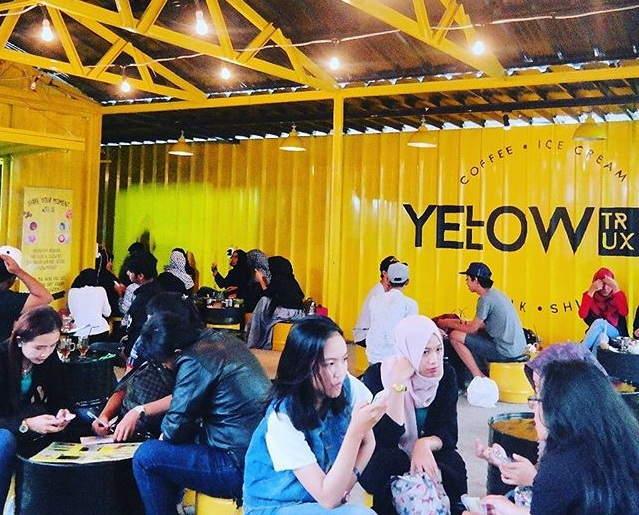 Yellow Trux Bogor