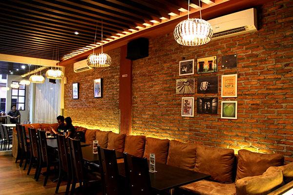 Posh Cafe & Resto Medan