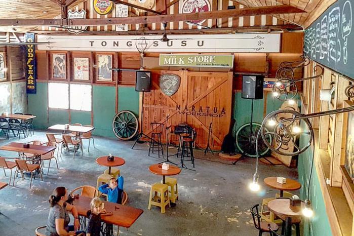 Tong Susu Cafe