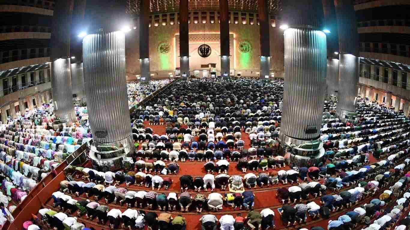 Foto Bagian dalam Masjid Istiqlal