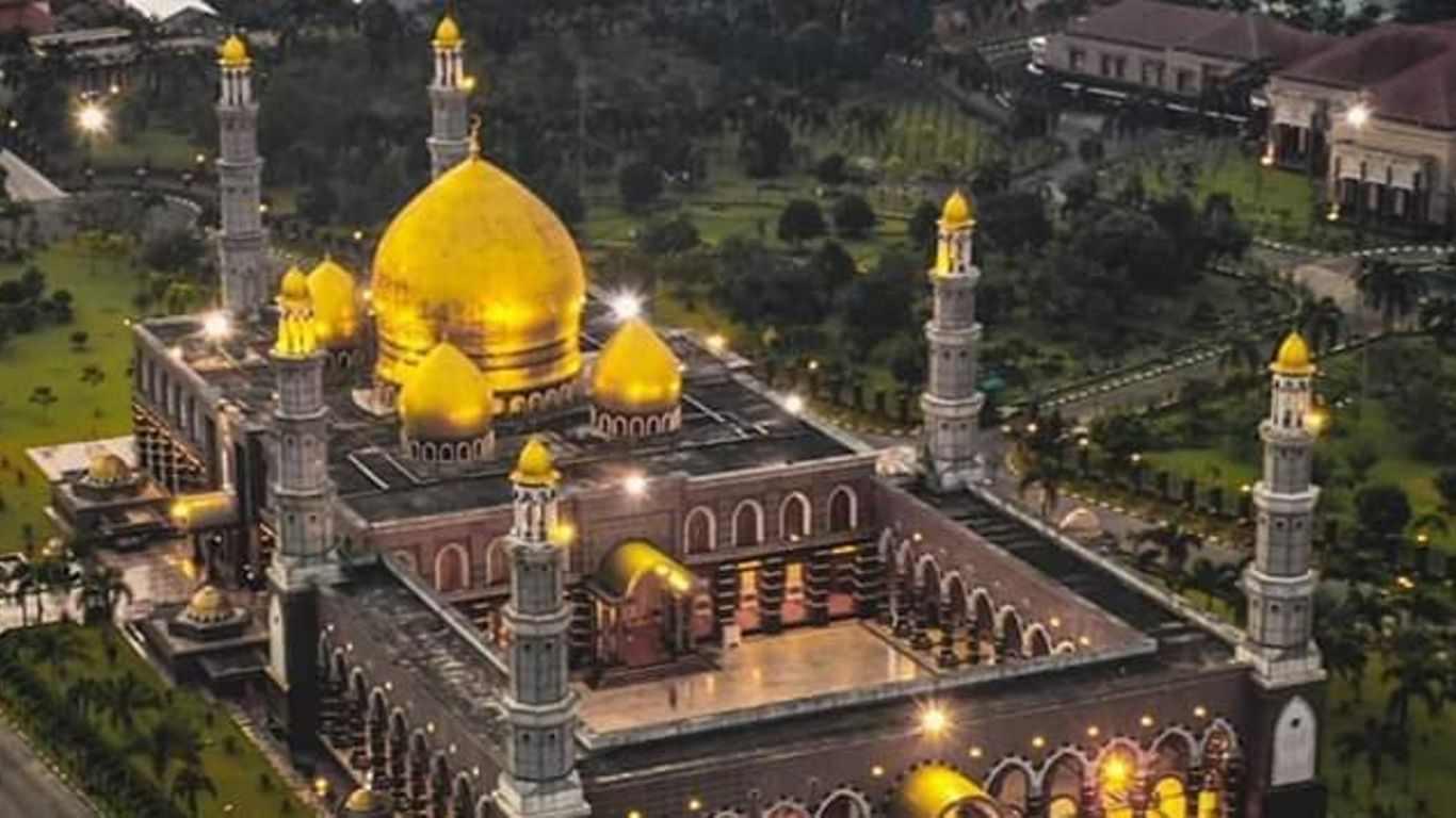 Gambar Masjid Kubah Mas Dian Al Mahri