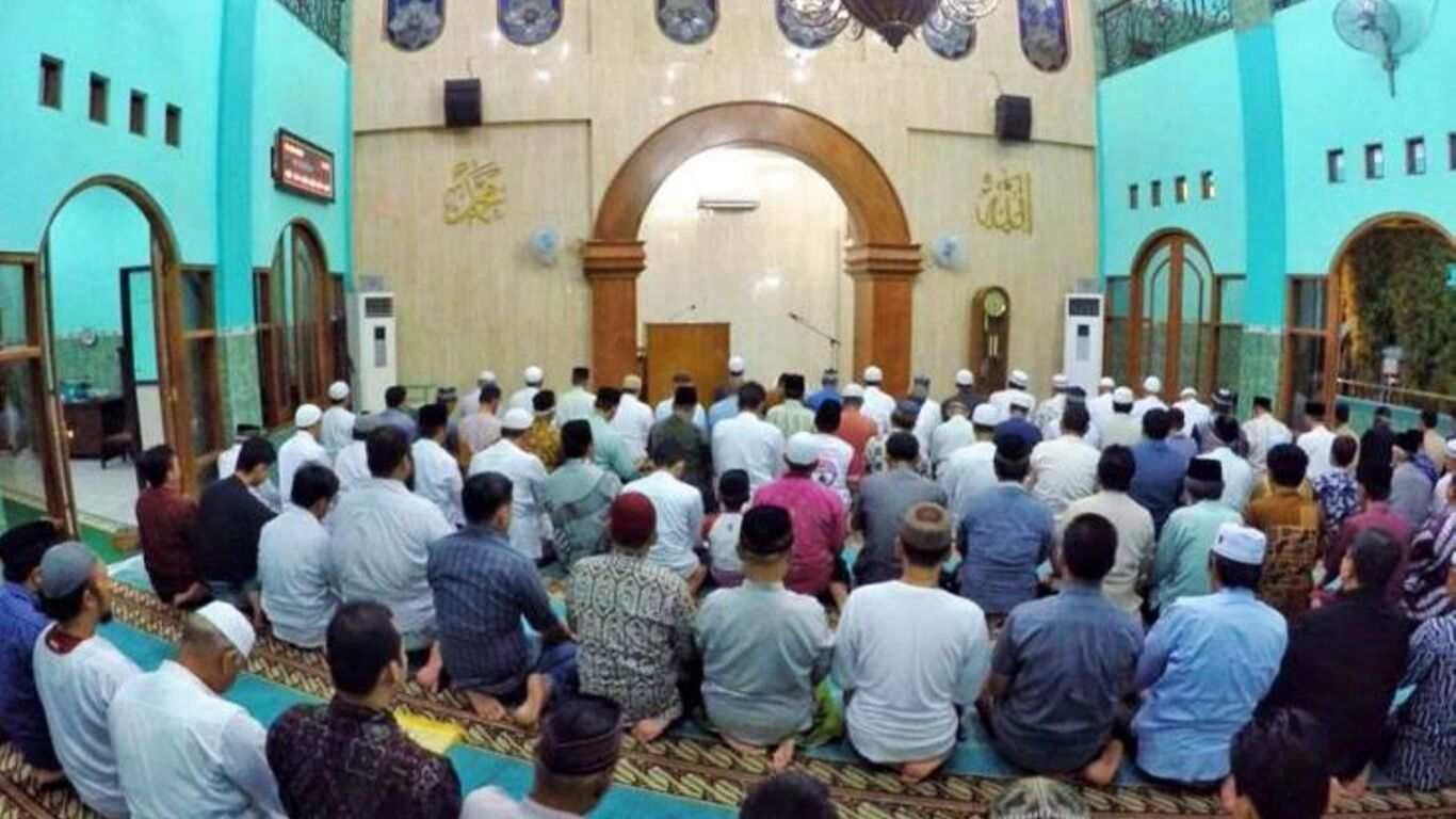 Undangan Sholat Subuh Masjid Jogokariyan